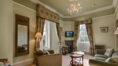 Kingsmuir House B&B Peebles, Scottish Borders | Scotland's Best #kingsmuirhouse #scotland bedandbreakfast #peebles #curtains #pelmet