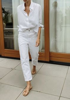 . Minimal Chic, Minimal Fashion, Minimal Classic Style, Mode Outfits, Fashion Outfits, Womens Fashion, Summer Outfits, Casual Outfits, Inspiration Mode