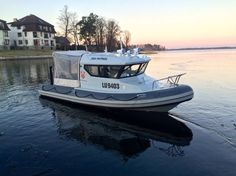 6.45m Versatile RIB - SEA PATROL 630 is a true all-weather cruiser! ... - SeaBoats