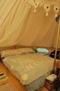 Glamped bell tent 1
