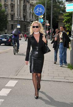 dixon milf women Blonde milf in sexy pantyhose masturbates in high red heels tags: « blonde milf in  hard tied dixon mason in bdsm - 3 doms 1 girl tags: « hard tied dixon.