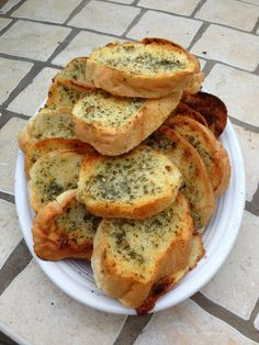 Perfect+Garlic+Bread+(Grilled+or+Baked)