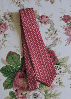 Vineyard Vines Red Lacrosse 100% Silk Tie #VineyardVines #Tie