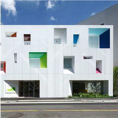 Colour + architecture