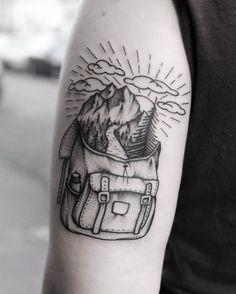 Idea de diseño de tatuaje de montaña   #monta #tatuaje