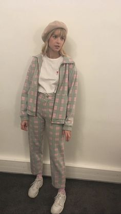 Divas, Girl Inspiration, Celebs, Celebrities, Casual Street Style, European Fashion, Pretty Woman, Style Icons, Billie Eilish