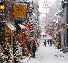 "MOVING Snowing Christmas Scene - BIG Snowing ""Old Quebec City"" Christmas Gif ((Click Photo & Enjoy!))"