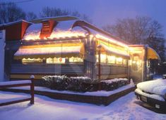 Roadside Diner in Snow     Location: Wall, NJ