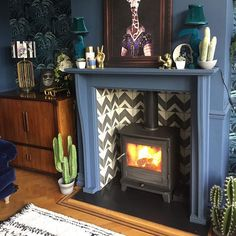 Sharing a second shot of one of our from Come Down To The Woods – The of log burner – Wood Burner – fireplace Wood Burner Fireplace, Fireplace Hearth, Fireplace Design, Fireplace Ideas, Fireplace Stone, Fireplaces, Log Burner Living Room, Home Living Room, Living Room Decor