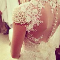 vestido-de-noiva-detalhe-costas-2.png