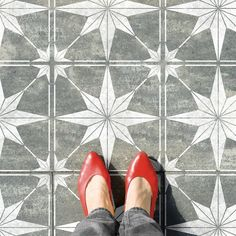 ZARZIS TILE Stencil Create a DIY tile floor with our geometric star tile stencil. A modern design solution for any surface: concrete patios, tiled floors, tiled walls, vinyl floors or floorboards…possibilities are endless! Tile Floor Diy, Stenciled Floor, Wall And Floor Tiles, Wall Tile, Painting Tile Floors, Stencil Painting, Tiled Floors, Tile Stencils, Painted Floors