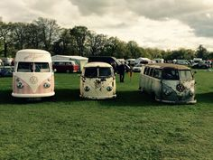 Florence our shiny bus :0) http://www.pollys-parlour.co.uk #vdub #vdublove #icecreamvan