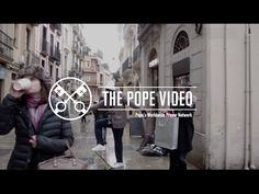 """Pope Francis speaking out     about compassion towards refugees. """"Don't abandon them.""""💝"""