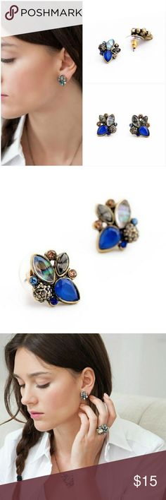 Boho Crystal Stud Earrings Beautiful boho multi color crystal stud earrings. Material: Zinc, Resin, Crystal. I have matching necklace, bracelet and ring. Ask me to share them to your wardrobe  JS3SJEGD71017 Jewelry Earrings