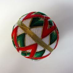 Christmas Temari - I am going to try this when I have more time (so probably never!)