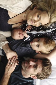 family of four, newborn baby photo posing