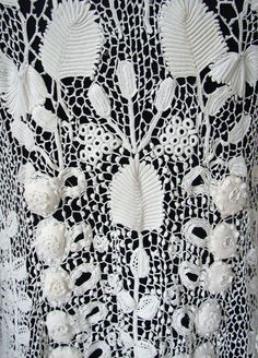 Maria Niforos - Fine Antique Lace, Linens & Textiles : Antique Edwardian & Victorian Clothing # CL-52 Circa 1900, Superb Irish Crochet Coat