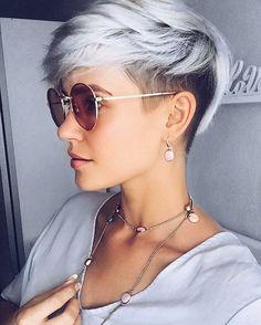 10 einfache Pixie Haircut Styles & Farbideen, Trendy Short Frisuren für Frauen, Easy Pixie Haircut Trends , Kurze Frisuren Cute Pixie Haircuts, Pixie Haircut Styles, Pixie Hairstyles, Short Hairstyles For Women, Short Haircuts, Haircut Short, Natural Hairstyles, Hairstyles 2016, Trendy Hairstyles