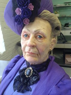 ~Downtown Abbey Cake Looks Exactly Like Maggie Smith - Created by Cake Artist Karen Portaleo~