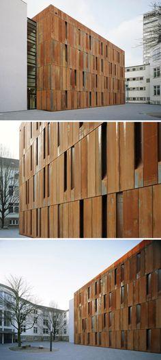 Haus-der-Essener-Geschichte-by-Scheidt-Kasprusch-Architekten_collabcubed