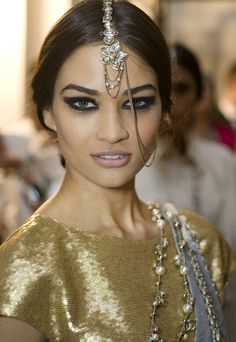 Bollywood eye makeup