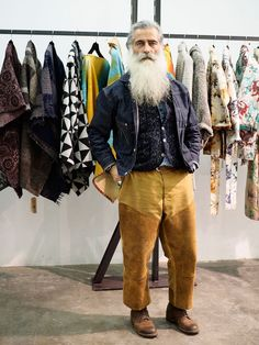Angelo Gallamini = Redwings — a remake of the 30s-40s work shoes; hunting trousers from 1890s; my own vest, a Mr. Freedman jeans jacket, a ceremony blossom by Apache Indians, turquoise Navajo bracelets and a vintage Wrangler denim shirt from the 50s