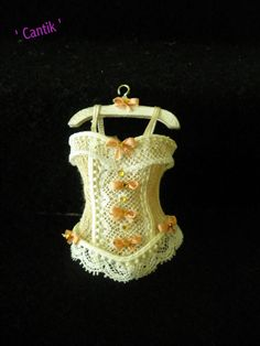 1:12 Scale Miniature Handmade VICTORIAN STYLE CREAM /PEACH LACE CORSET ON HANGER
