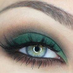 Green eyeshadow. Love it