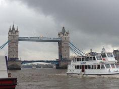 Tower Bridge (Tower Bridge) - Londres, Reino Unido (London, UK) - iPhone 4S & Camera+ Copyright © Juan Hernandez Orea