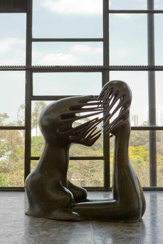 O Impossível, escultura de 1945 de Maria Martins. Veja mais em: http://semioticas1.blogspot.com.br/2013/06/arte-entre-guerras.html