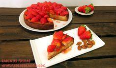 Hoy una postre muy fácil de preparar: #Tarta de #fresas con base de #almendra. Receta y vídeo paso a paso. #golosolandia http://www.golosolandia.com/2016/03/tarta-de-fresas.html
