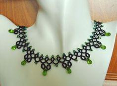 naszyjnik frywolitkowy - zielone kropelki