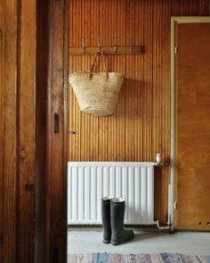 Kati Pilli-Sihvola (@callithomeblog) Instagram media 2017-05-14 12:58:06 I am always Sad, When We need to leave this place 💔 Only a few weeks that We can stay there longer. 🍀🍀Pian taas... #issula #secondhome #farm #maalla #maallaonmukavaa #siskonpaneeli #meidänmökki #oldfarm #renovation #loghouserenovation #loghouse #hirsitalo #hirsitalonremontti #etuovisisustus #enemmänkotia #interior_and_living #interior #vintage #homewarrior #pelastetaanvanhattalot #ourgranddesignsproject