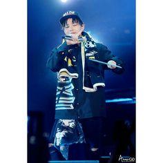 """160820 """""""" @xxxibgdrgn """""""" BIG BANG  concert 0 TO 10 in Seoul  bigbang10th anniversary ©® ALWAYS-GD  #GD #GDragon #BIGBANG  #KWONJIYONG  #jiyong #지드래곤 #지용 #vip #seungri #Taeyang #choiseunghyun  #kpop #daesung  #bigbangvip #권지용 #topi  #kangdeasung #seungriseyo #빅뱅  #gtop  #dlite  #sol #vi #xxxibgdrgn  #yb #gdyb #bigbanggd #bigbangtop #지디 #탑"""