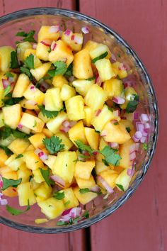Grilled Swordfish with Pineapple- Peach Salsa. Not a fan of swordfish but the Salsa sounds yummmmmy Grilled Swordfish, Swordfish Recipes, Grilled Salmon Recipes, Grilled Seafood, Fish And Seafood, Yummy Vegetable Recipes, Mexican Food Recipes, Healthy Recipes, Peach Salsa Recipes