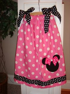 Perfectly pink minnie mouse pillowcase dress by PisForPigTails $24.00 & Minnie Mouse Pillowcase Dress / Disney / Mickey by KarriesBoutique ... pillowsntoast.com