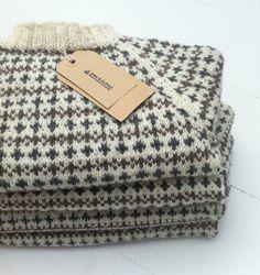 Asta & Alfred islandske sweaters strikket i økologisk farvet alpaca uld.