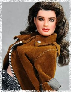 Artist Noel Cruz painted a realistic Brooke Shields