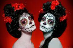 Sugar Skulls I love her! Nelly Recchia -French makeup artist