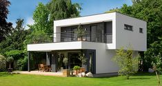 Booa, French manufacturer new generation. Modern Small House Design, Small Modern Home, House Front Design, Modern Architecture House, Architecture Design, Modern Bungalow Exterior, Model House Plan, Architectural House Plans, Container House Design