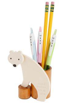 bear-y organized pen holder @ {modcloth}