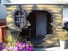 Witches hut facade 2013