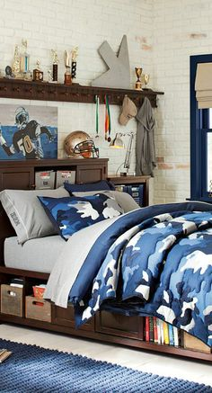 Classic Camo Quilt and Sham Collection