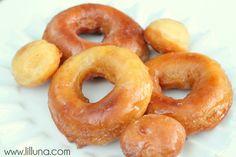 Homemade Donuts Recipe on { lilluna.com } #donuts