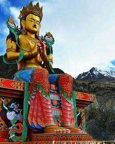 Tibetan Art, Tibetan Buddhism, Buddhist Art, Buddha Zen, Maitreya Buddha, Gautama Buddha, Arte Country, Amazing India, Temples