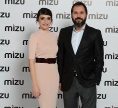 Hazar Ergüçlü Mizu'nun Reklam YüzüOldu   Weekly http://weekly.com.tr/hazar-erguclu-mizunun-reklam-yuzuoldu/