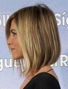 Jennifer Aniston bob / longbob. Let it grow and you can cut it straight like Jeniffer's new haircut!