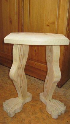 If you are passionate about woodworking and are in possession of dainty . If you are passionate about woodworking and are in possession of dainty . let me tell you that woodworking projects are easy to build and sell. Woodworking Projects That Sell, Easy Woodworking Projects, Popular Woodworking, Custom Woodworking, Woodworking Plans, Woodworking Skills, Woodworking Organization, Youtube Woodworking, Woodworking Equipment