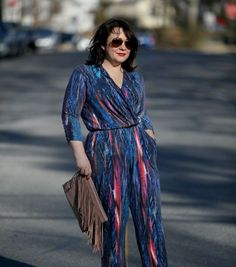 Wardrobe Oxygen: Thinking Spring with a blue printed Jumpsuit from Serena Williams for @HSN, BCBGeneration suede fringe clutch, Nine West Flax pumps #TheFashionEdit
