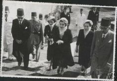 HM Queen Narriman arriving at elRefaie Mosque to visit her father in law's tomb, 1951